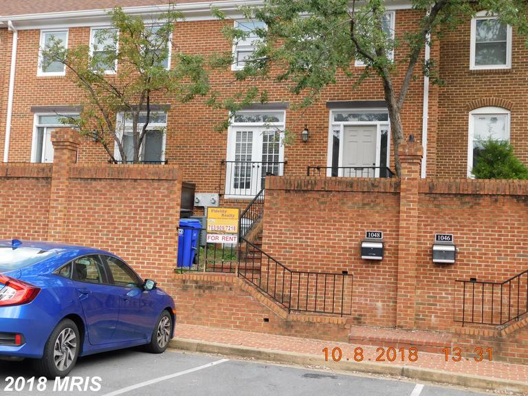 Townhouse For Lease In 22201 In Arlington Walking Distance To Metro thumbnail