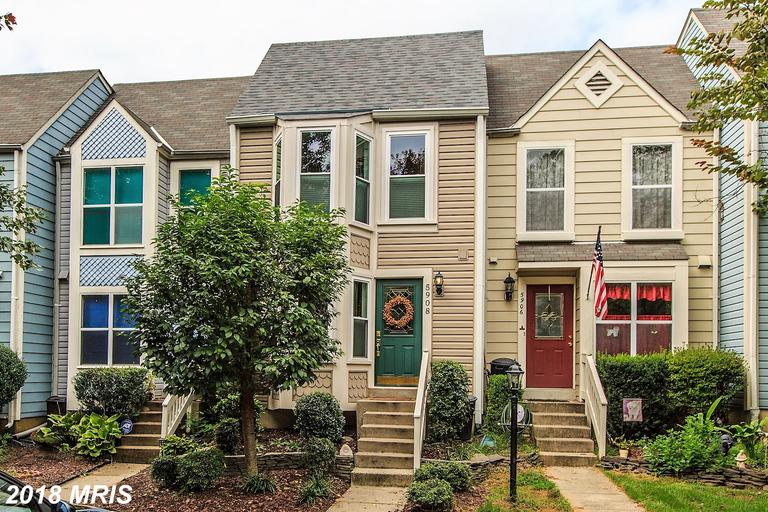 3 Bedroom Townhouse Advertised For $389,900 In Northern Virginia thumbnail