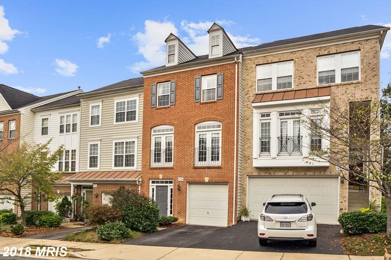 Hawthorne Townhome In Alexandria For $515,000 thumbnail
