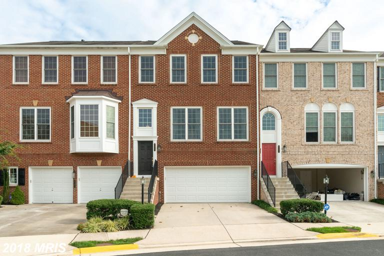 Take A Look At This Townhouse 8189 Laurel Crossing Ln Lorton VA 22079  - | -  $525,000 thumbnail