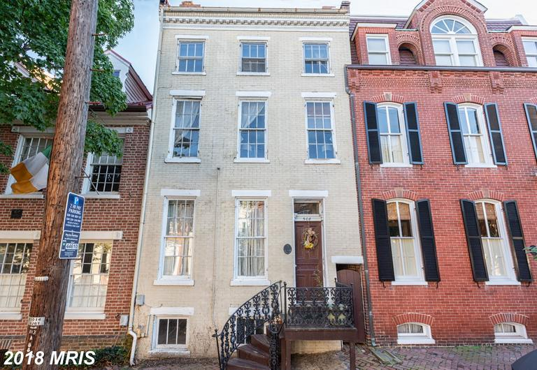 5 Bedroom Investment Opportunity In Old Town Alexandria At Farney For $1,600,000 thumbnail