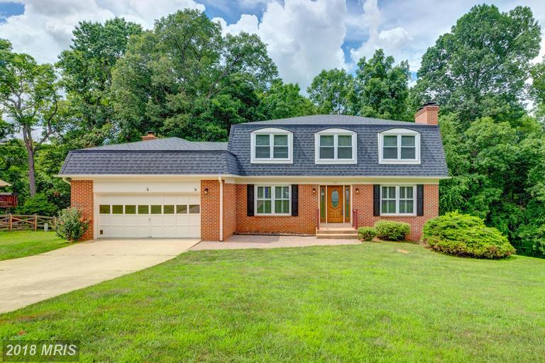 1691 Abbey Oak Dr, Vienna, VA 22182