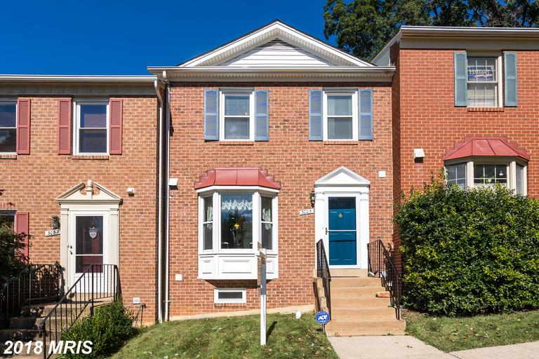 4-Bedroom Colonial Townhouse Advertised For Sale At $519,000 In 22204 In Arlington thumbnail