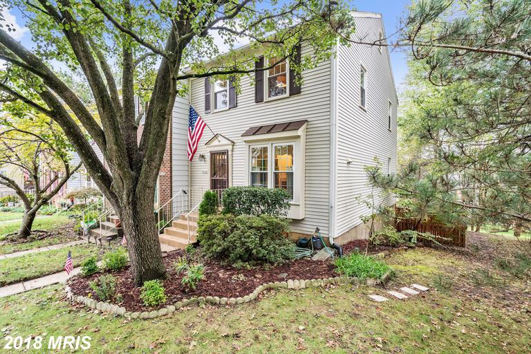 2 BR / 3 BA Townhome Listed At $424,950 In 22315 thumbnail