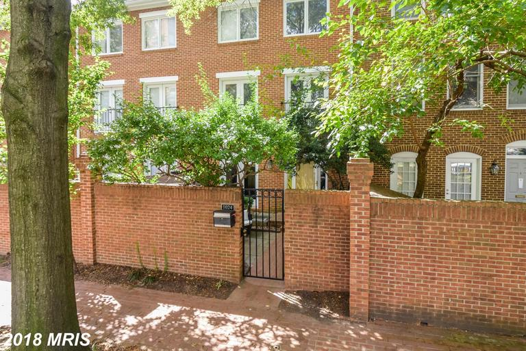 Randolph Square Property In 22201 For $735,000 thumbnail
