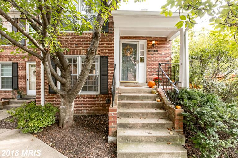 Windgate Of Arlington I Townhome In Arlington, Virginia For $549,000 thumbnail