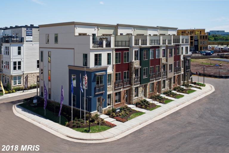 Save $3,063 On Newly-built Townhouse In 20151 In Chantilly thumbnail
