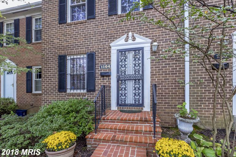 Save $2,984 On A 2-bedroom Colonial-style Townhome In 22314 In Alexandria thumbnail
