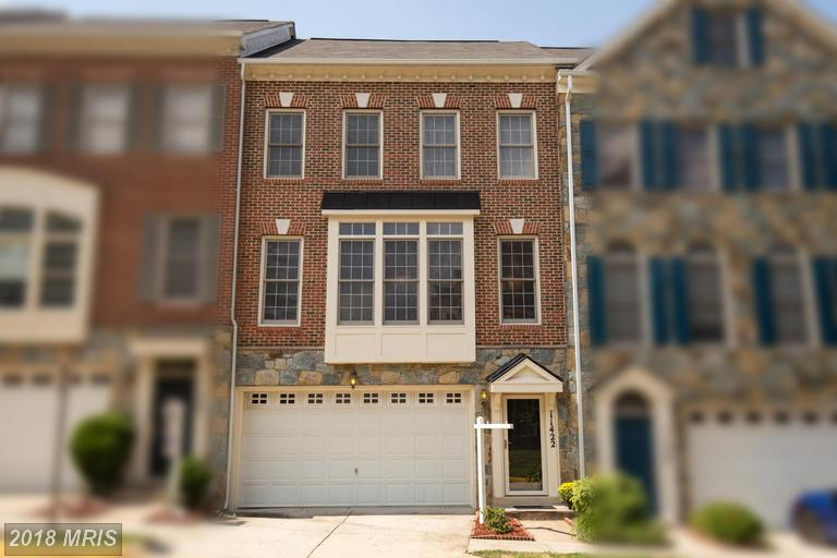$599,900 Townhouse  --  11422 Log Ridge Dr Fairfax VA 22030 thumbnail
