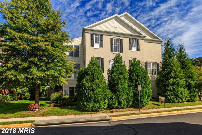 What Large 4-Bedroom Selections Are There For Buyers Dreaming About A Place Beside A Station In Northern Virginia? thumbnail