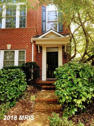 Large Townhome Listed At $605,000 In Northern Virginia thumbnail