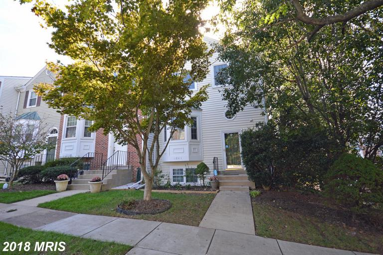 $450,000 For 4 BR / 3 BA Colonial In 22033 In Fairfax County thumbnail