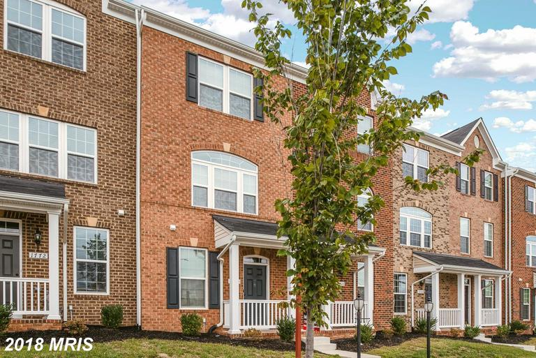 Special $339,900 3-bedroom Colonial-style $339,900 Townhouse  :-:  1770 Featherstone Rd Woodbridge VA 22191 thumbnail
