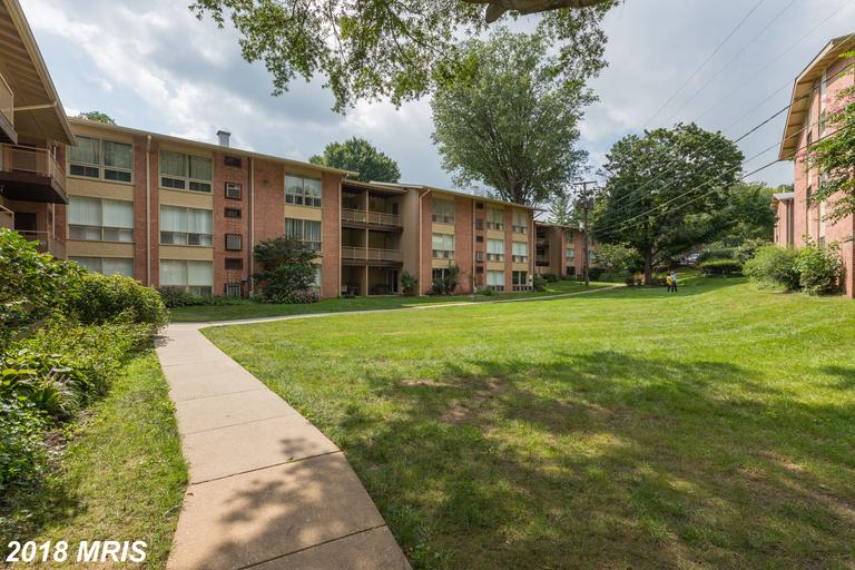 Features To Like About A Garden-Style Condo Like 7344 Lee Hwy #204 thumbnail