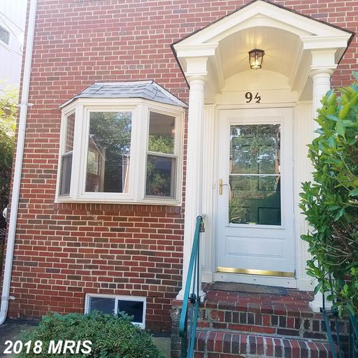 $3,000 In 22301 In Alexandria At Close To Court House Metro Station For Rent $3,000 // 2 Beds // 2 Full Baths - 0 Half Baths thumbnail
