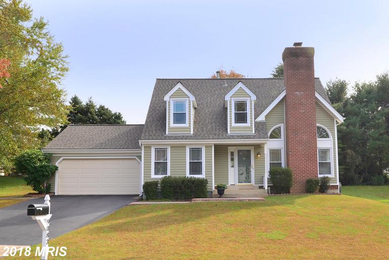 Take A Look At This Mid-Market House In 22015 In Fairfax County thumbnail