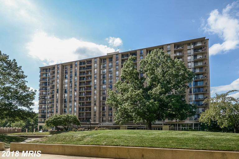 Shopping For Your Best Buy On A One-Of-A-Kind 3 BR Home Not Far From Ballston Metro In 22204 In Arlington thumbnail