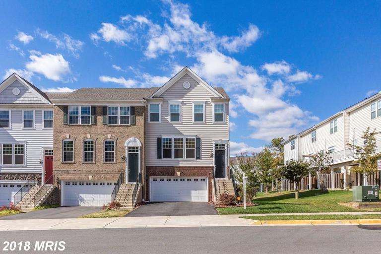 Mid-Market 3 BR Residences Close To Ballston Station For Less Than $462,000 thumbnail