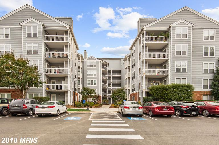 Would You Like To Take A Virtual Tour Of Condos At Four Winds At Oakton? thumbnail