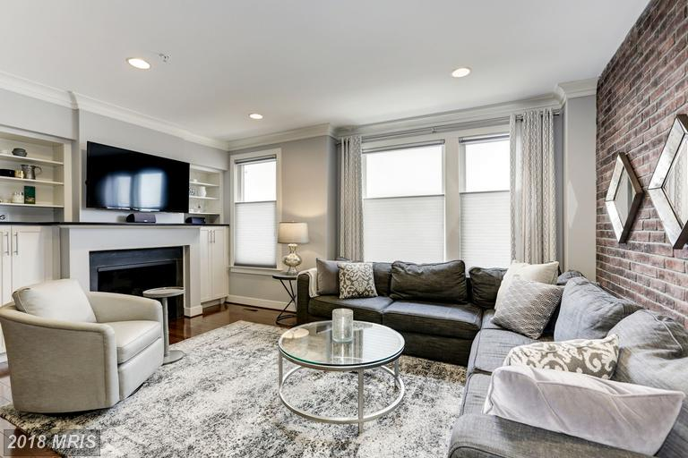 Mosaic At Merrifield Townhouse In 22031 For $925,000 thumbnail