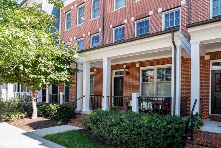 Premium Townhouse With Garage Advertised For Sale At $995,000 In Alexandria Virginia thumbnail