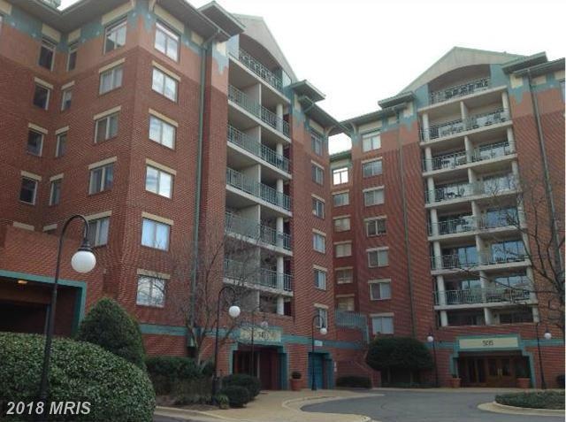 $2,150 In Alexandria, Virginia At Close To Metro For Rent $2,150 // 2 Beds // 1 Full Baths - 0 Half Baths thumbnail