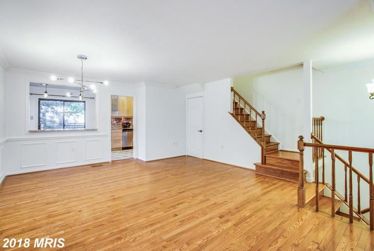 Photo of 5440 Barrister Pl