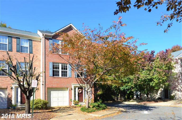 Learn More About Renting At Duke Street Square In Northern Virginia thumbnail