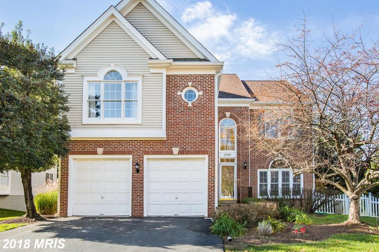 2550 Holly Manor Dr, Falls Church, VA 22043