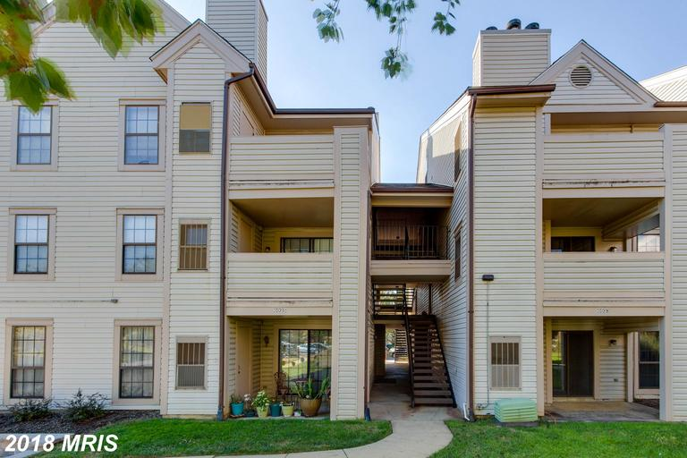 $275,000 :: For Sale At Victoria Crossings In 22310 In Alexandria thumbnail