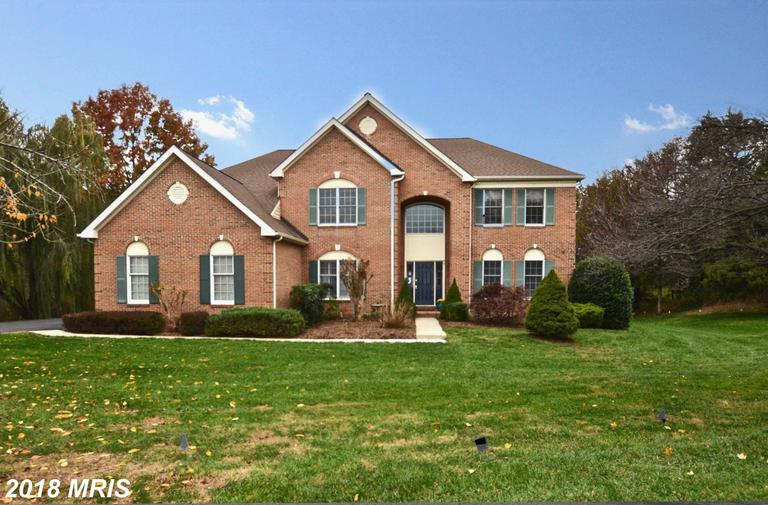 $985,000 In 22182 In Vienna At Hunter Mill Estates // 4,192 Sqft Of Living Area thumbnail