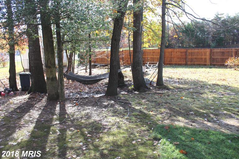 5688 Saffron Ln, Woodbridge, VA 22193
