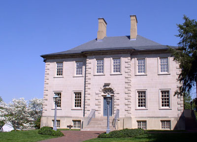 Carlyle House in Old Town