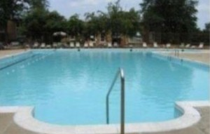 Pool at Huntington club