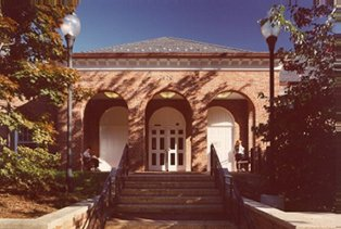 public library in Falls Church VA