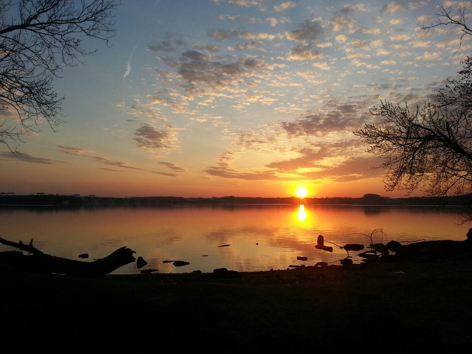 Sunrise over the Potomac