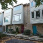 Townhouse in Rosslyn Mews
