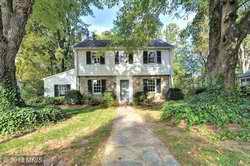 House in 6128 Edgewood Ter Alexandria VA 22307.