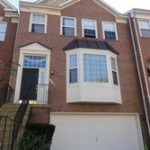 Townhouse in Governors Grove