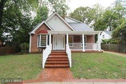 A Single family house in 2862 Graham Rd Falls Church VA 22042