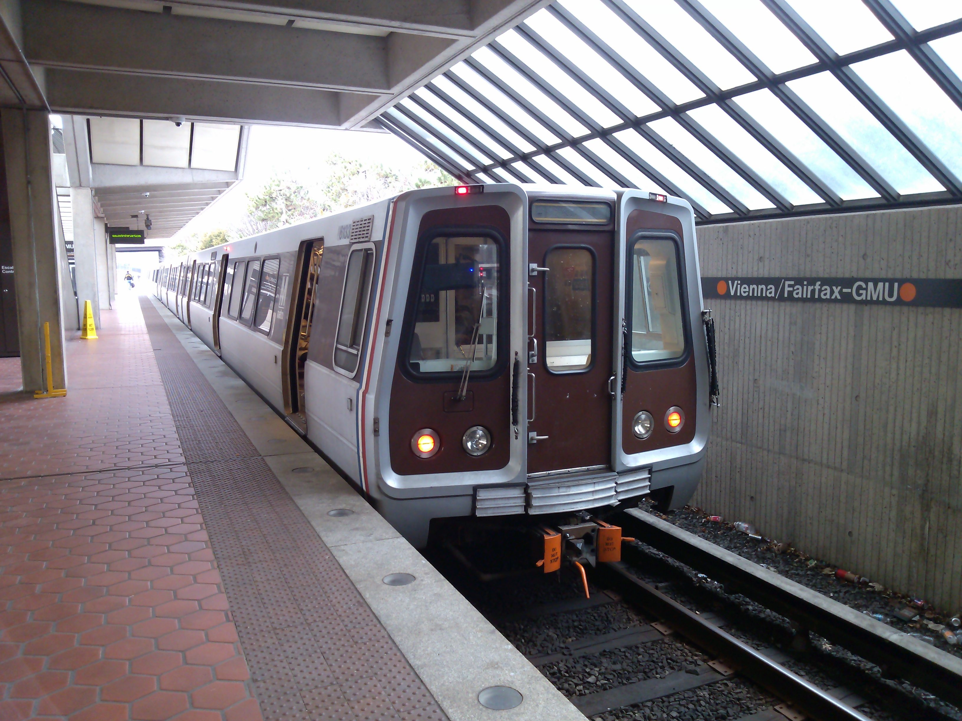 The metro comes in frequent intervals, especially during the morning and evening, the times when people are going to or returning from work