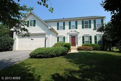 A Single family house at 13167 Kinnicutt Dr Woodbridge VA 22192