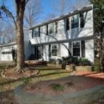 A Single family house at 5901 Carters Oak Ct Burke VA 22015