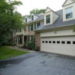 A Single family house in 15054 Brown Post Ln Centreville VA 20121