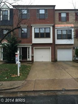 Townhouse at 5412 Barrister Pl Alexandria VA 22304