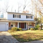 A single family homes at 6612 Reynard Dr Springfield VA 22152