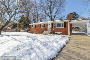 Single-family house at 5610 Justis Pl, Alexandria, VA 22310
