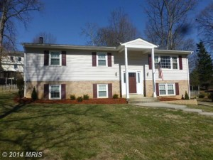 Single-family house at 8404 Overlook St, Vienna, VA 22182