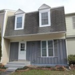 Townhouse at 14818 Millicent Ct, Centreville, VA 20120