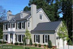 Single-family house at 3509 25th St N Arlington, VA 22207